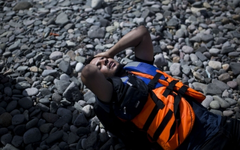 Thumbnail image for UN: 7,000 refugees a day enter Greek islands as winter nears