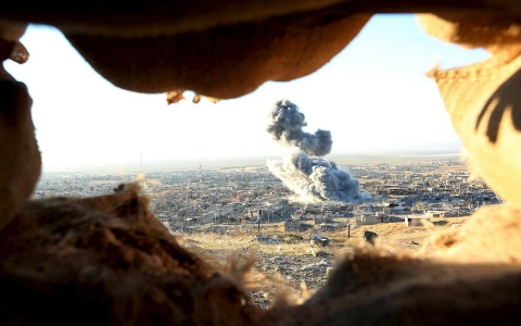 Thumbnail image for Kurdish fighters, US jets begin mission to retake Sinjar from ISIL in Iraq
