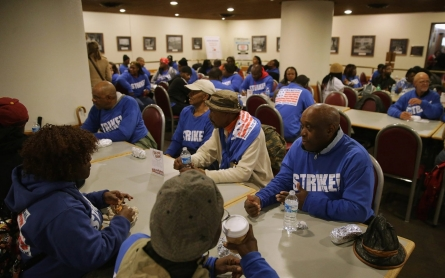 Dozens of lawmakers back Senate cafeteria union drive