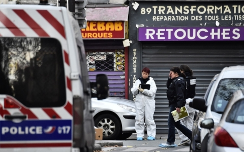 Thumbnail image for Six simultaneous bombing and shooting attacks kill more than 120 in Paris