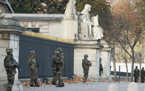 Thumbnail image for French officials warned that austerity increased security peril