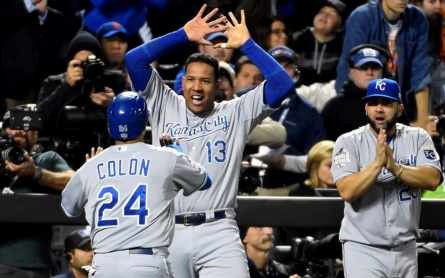 Royals rule: Kansas City wins World Series