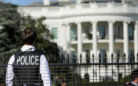 White House locked down temporarily after fence-jumper caught