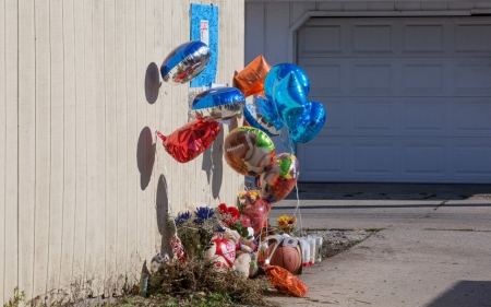Soaring violence scars minds of Chicago kids, but help stretched thin