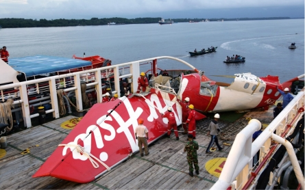 Faulty rudder system, pilot response blamed in AirAsia crash