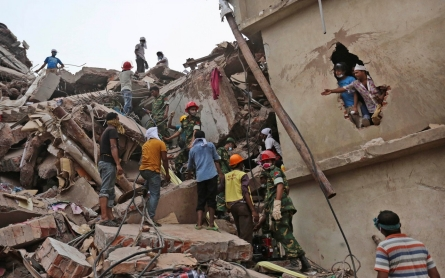 Bangladesh court accepts murder charges in factory collapse case
