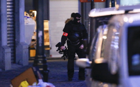 Thumbnail image for Ninth person arrested in Belgium over Paris attacks