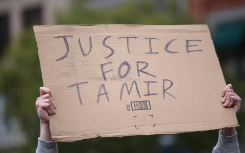 Thumbnail image for Officers 'reckless' in shooting of Tamir Rice, reports say