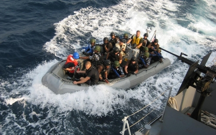 Nigerian pirates release five Polish hostages