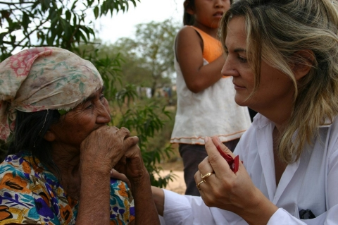 Mateo visits Urundaiti, an indigenous Guarani community who are the worst affected by Chagas, in 2007.