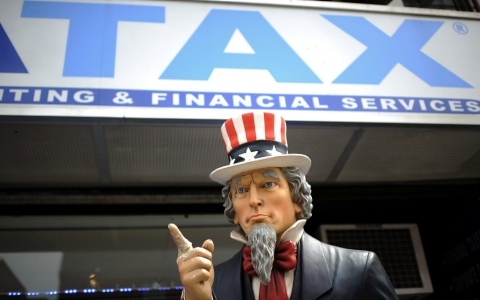 Thumbnail image for Fortune 500 companies store billions in offshore tax havens, says report