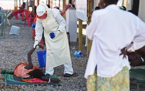 Thumbnail image for Blood transfusions show early promise as possible Ebola cure