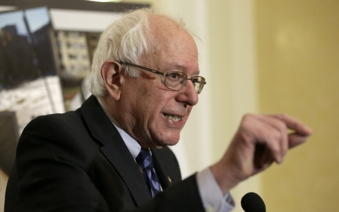 Thumbnail image for Bernie Sanders, mulling presidential run, adopts novel stance on deficit
