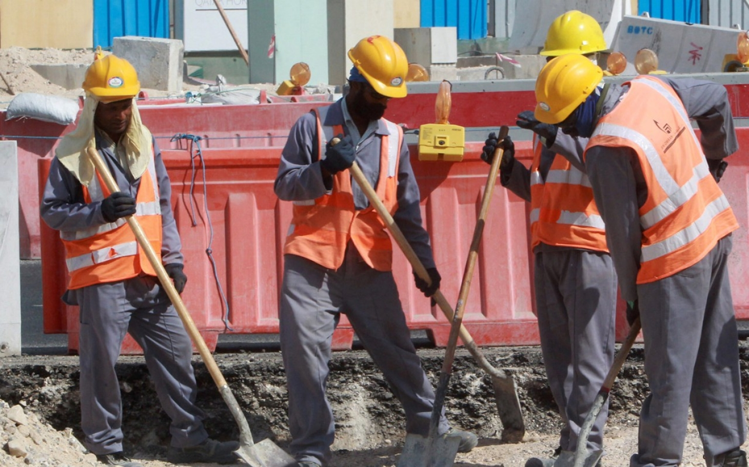 Qatar to introduce pay reforms for migrant workers