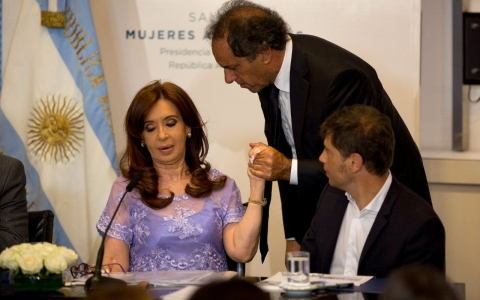 Thumbnail image for Draft warrant for Argentine president found in dead prosecutor's home