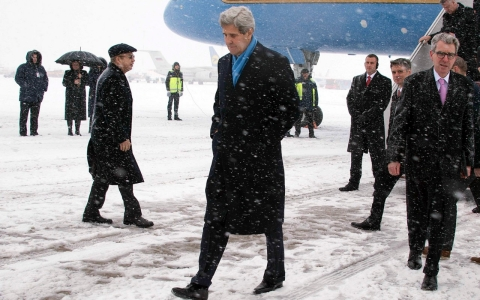 Thumbnail image for As Kerry visits Kiev, US mulls arming Ukraine