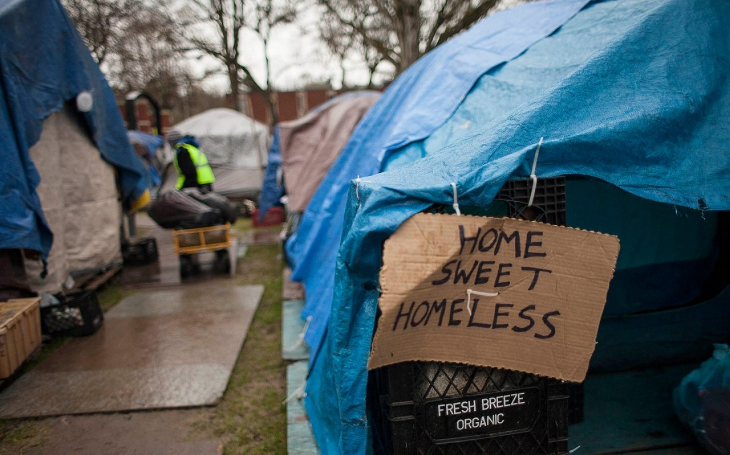 Seattle mayor defends plan for homeless tent c&s | Al Jazeera America & Seattle mayor defends plan for homeless tent camps | Al Jazeera ...