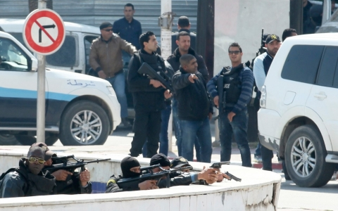 Thumbnail image for Attack sharpens Tunisia's dilemma over a crackdown on extremism