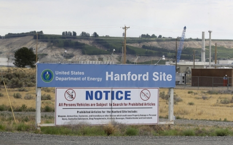 Thumbnail image for At Hanford, sick nuclear workers await compensation