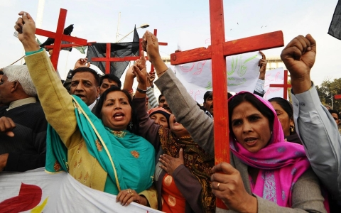 Thumbnail image for Pakistan's blasphemy laws snare minorities, activists