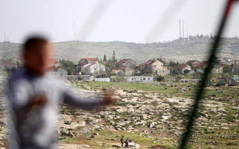 Thumbnail image for Rights group blasts Israeli settlements for Palestinian child labor