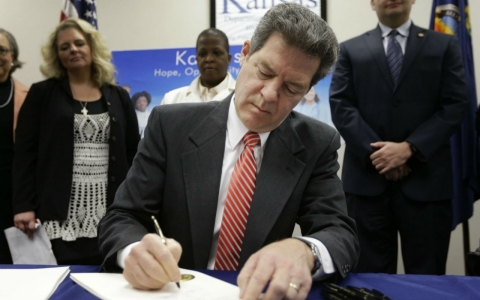 Thumbnail image for New Kansas welfare spending law is 'tax on the poor'