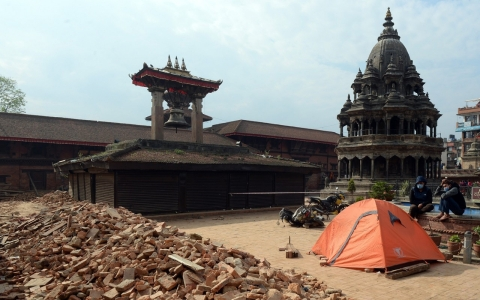 Thumbnail image for Nepal PM: Earthquake toll could reach 10,000
