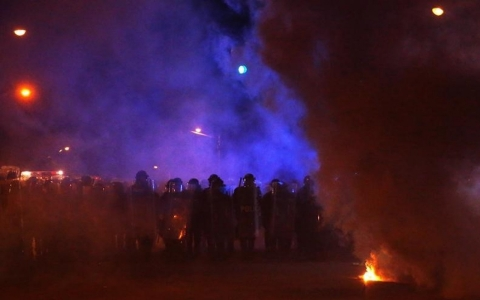Thumbnail image for Curfew brings pepper balls and tear gas, then uneasy quiet to Baltimore