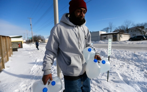 Thumbnail image for Flint, Mich., residents find state water control hard to swallow