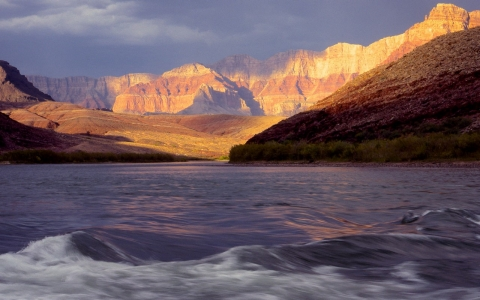 Thumbnail image for Colorado River 'endangered' by developments, report says