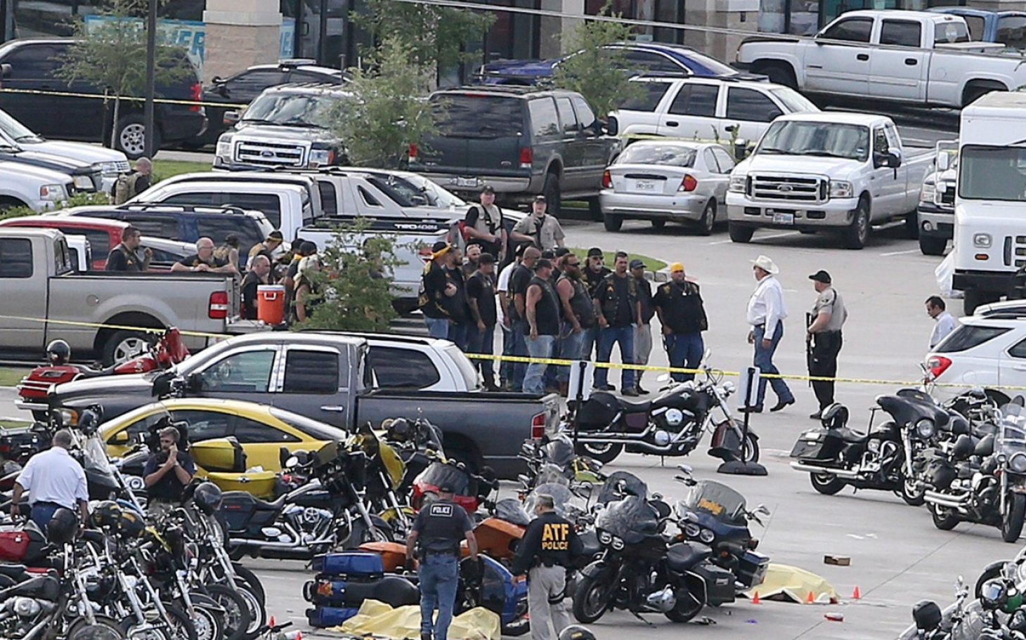 tragedy in waco texas A shootout between two rival biker groups in waco, texas, left nine people dead on this episode of embedded, kelly mcevers tries to understand what caused the fight.