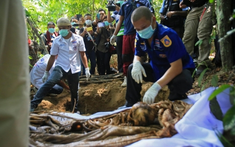 Thumbnail image for Malaysia discovers mass graves of suspected trafficking victims