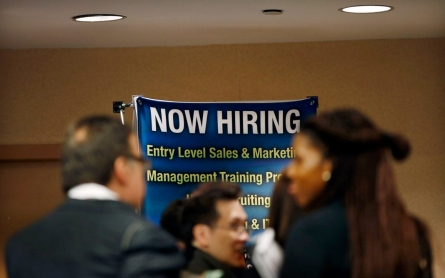 Joblessness falls to 7-year low in US, but wage growth still lags