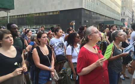 New Yorkers gather in vigil to honor Kalief Browder