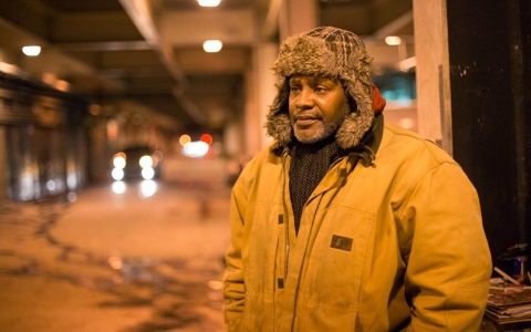 Thumbnail image for Street stickers fail to bring sweeping change to Chicago's homeless