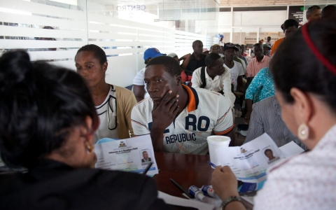 Thumbnail image for Dominican Republic to begin deporting Haitian immigrants