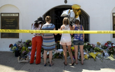 Thumbnail image for An act of 'pure, pure evil': Charleston mourns a massacre