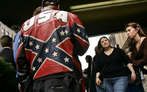 Thumbnail image for Walmart, Sears removing Confederate flag items