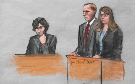 Boston marathon bomber apologizes to victims in court