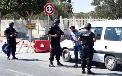 Thumbnail image for Tunisia pledges tough security measures after hotel attack