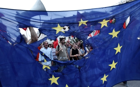 Thumbnail image for As Greek crisis deepens, Southern Europe resists contagion