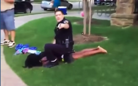 Thumbnail image for Experts question aggressive tactics in video of McKinney officer