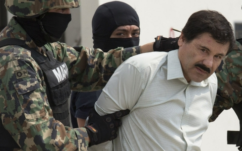 Thumbnail image for Mexico drug kingpin 'El Chapo' Guzman escapes prison in tunnel