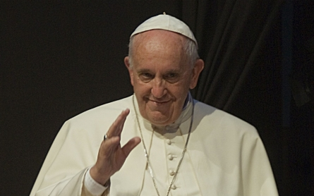 Pope admits he has neglected middle class issues in focus on the poor