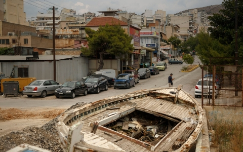 Thumbnail image for Greek shipping town devastated by crisis girds for anti-bailout fight
