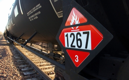 Montana train derailment spills crude oil