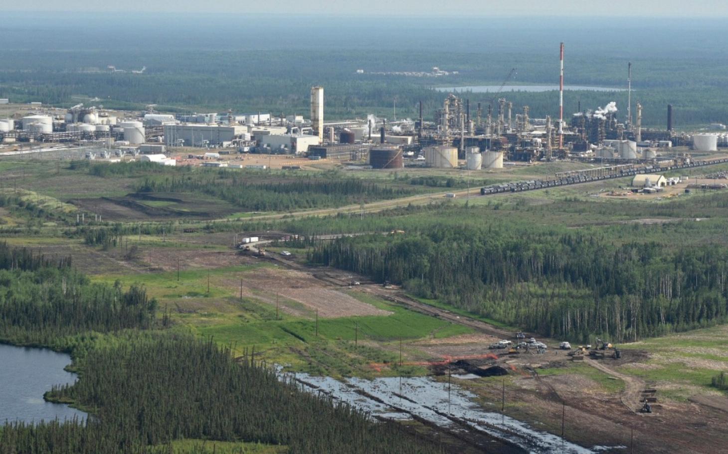 Alberta pipeline breach causes massive spill thumbnail