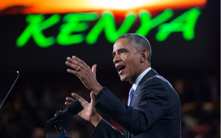 Obama finds Kenya at 'crossroads'
