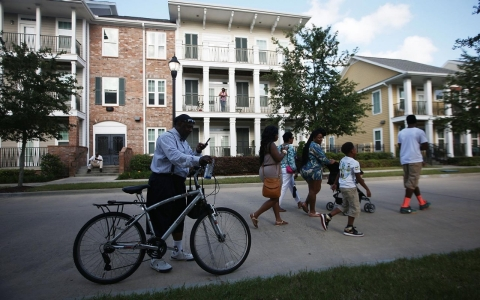 Thumbnail image for In New Orleans, public housing crunch forces thousands into limbo