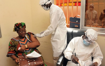 Ebola vaccine shows 100 percent success rate in clinical trial